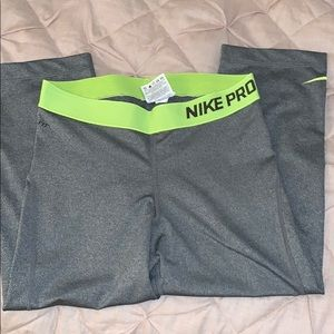 Nike workout leggings